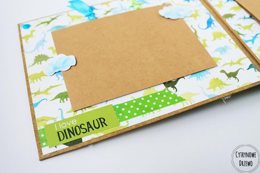 album z dinozaurami